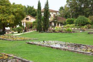 Latour grounds view2